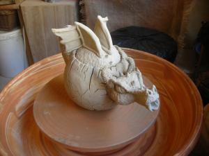 sculptures, theiers, pots (6)