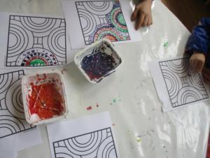 empreintes, cotons tiges pastels gras (7) (Copier)